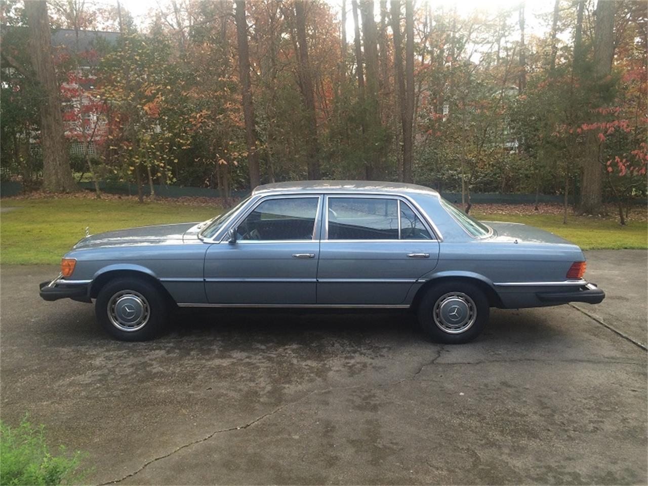 Large Picture of '77 Mercedes-Benz 450SEL located in Research Triangle Park North Carolina - IO8L