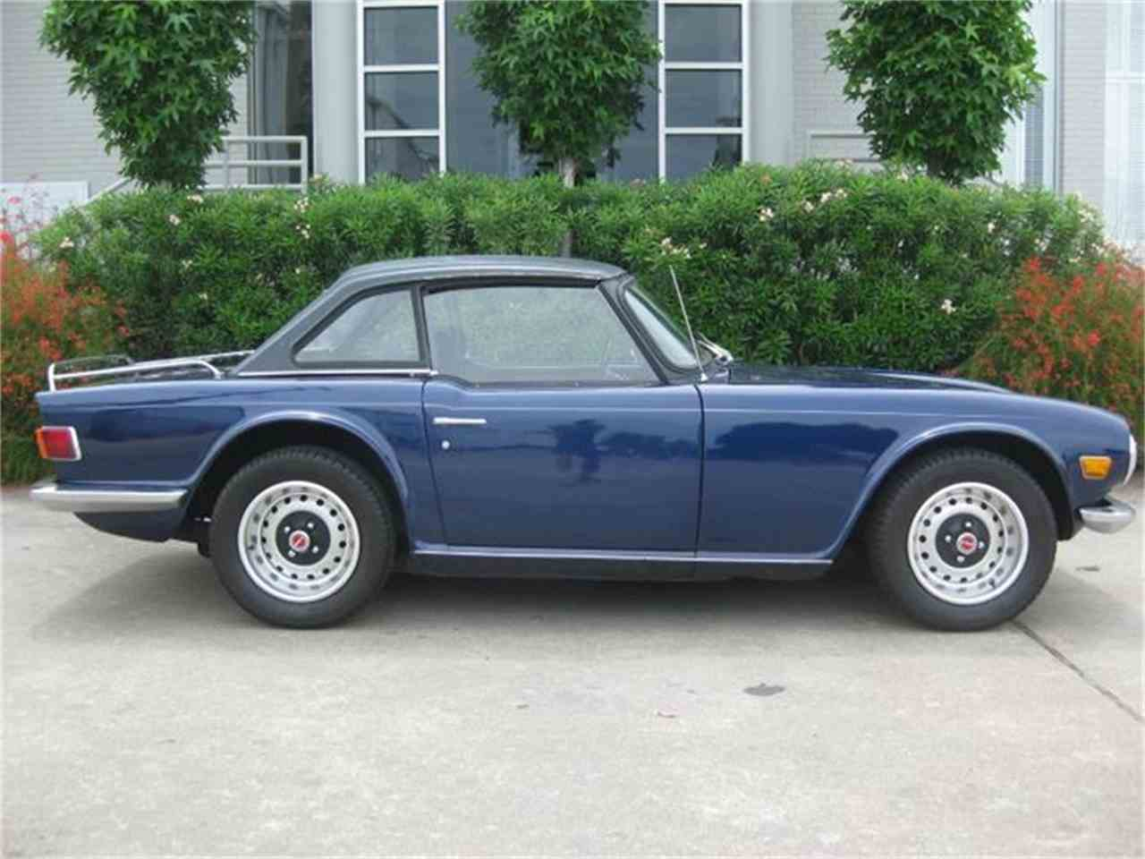 Large Picture of '70 TR6 - IQ58
