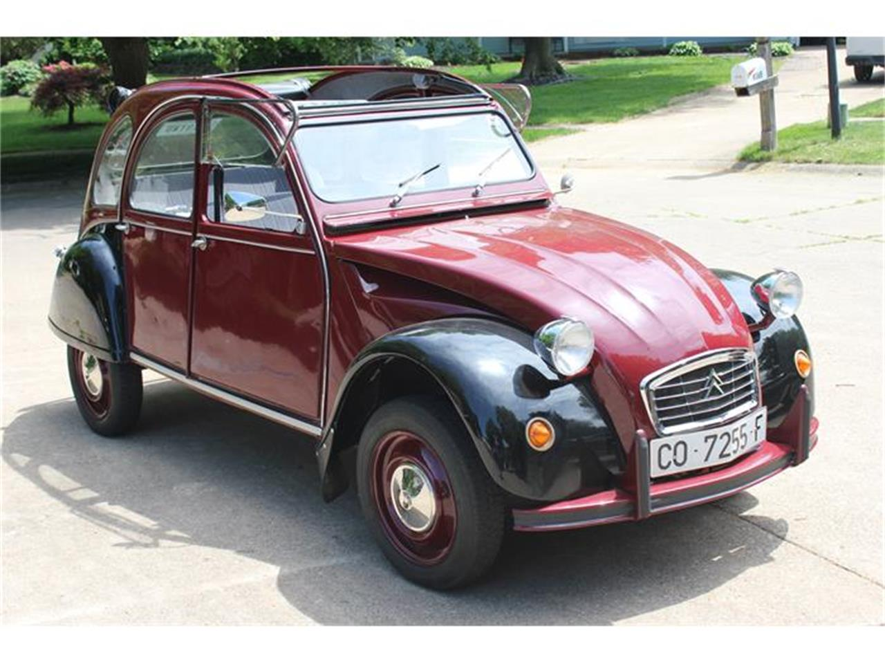 Large Picture of '77 2CV - IQ6U