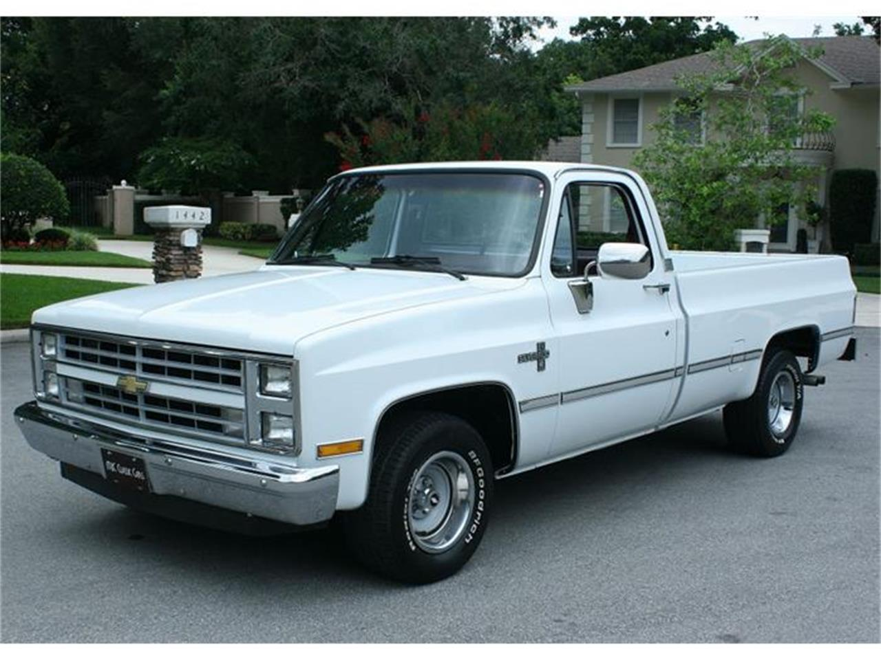 Large Picture of 1987 Silverado located in Florida Offered by MJC Classic Cars - IQHJ