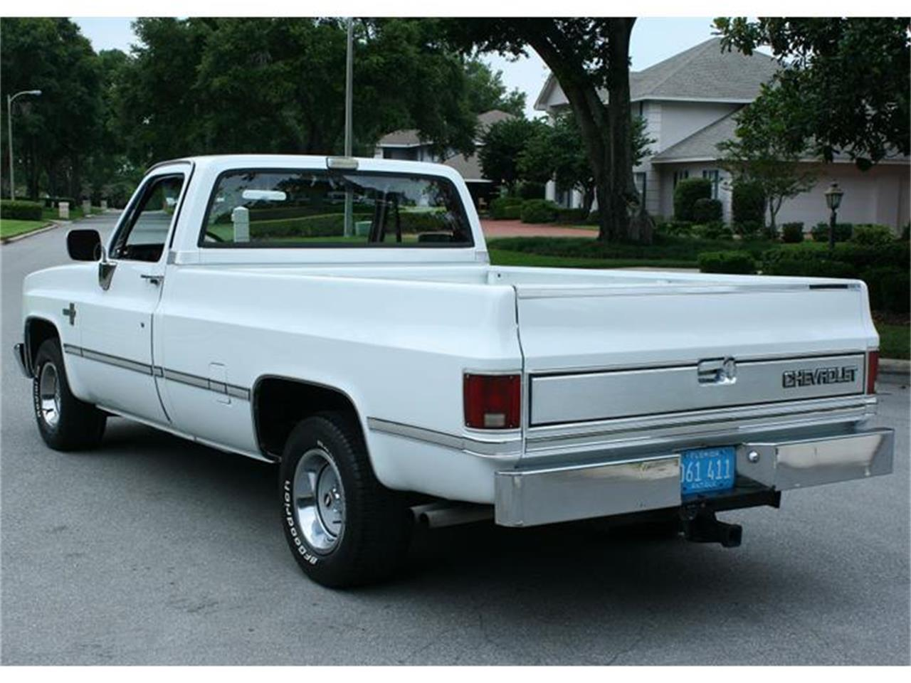 Large Picture of '87 Chevrolet Silverado - IQHJ