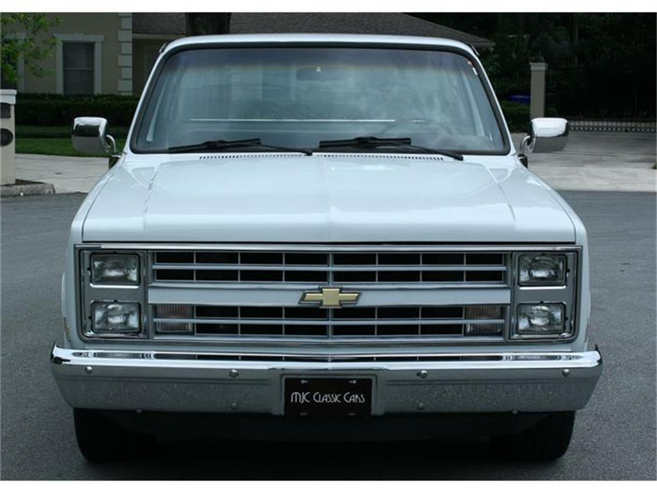 Large Picture of 1987 Chevrolet Silverado - $19,500.00 - IQHJ