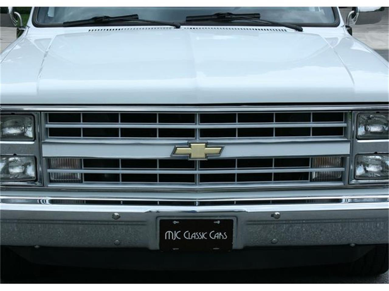 Large Picture of '87 Chevrolet Silverado Offered by MJC Classic Cars - IQHJ