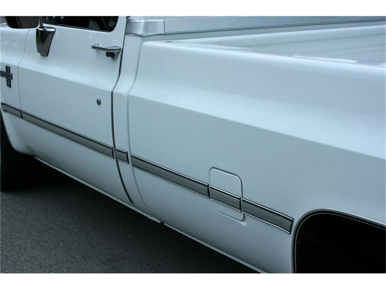 Large Picture of 1987 Chevrolet Silverado located in Lakeland Florida Offered by MJC Classic Cars - IQHJ