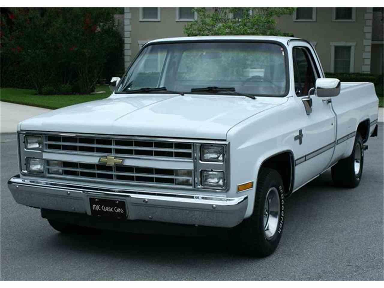 Large Picture of '87 Silverado - IQHJ