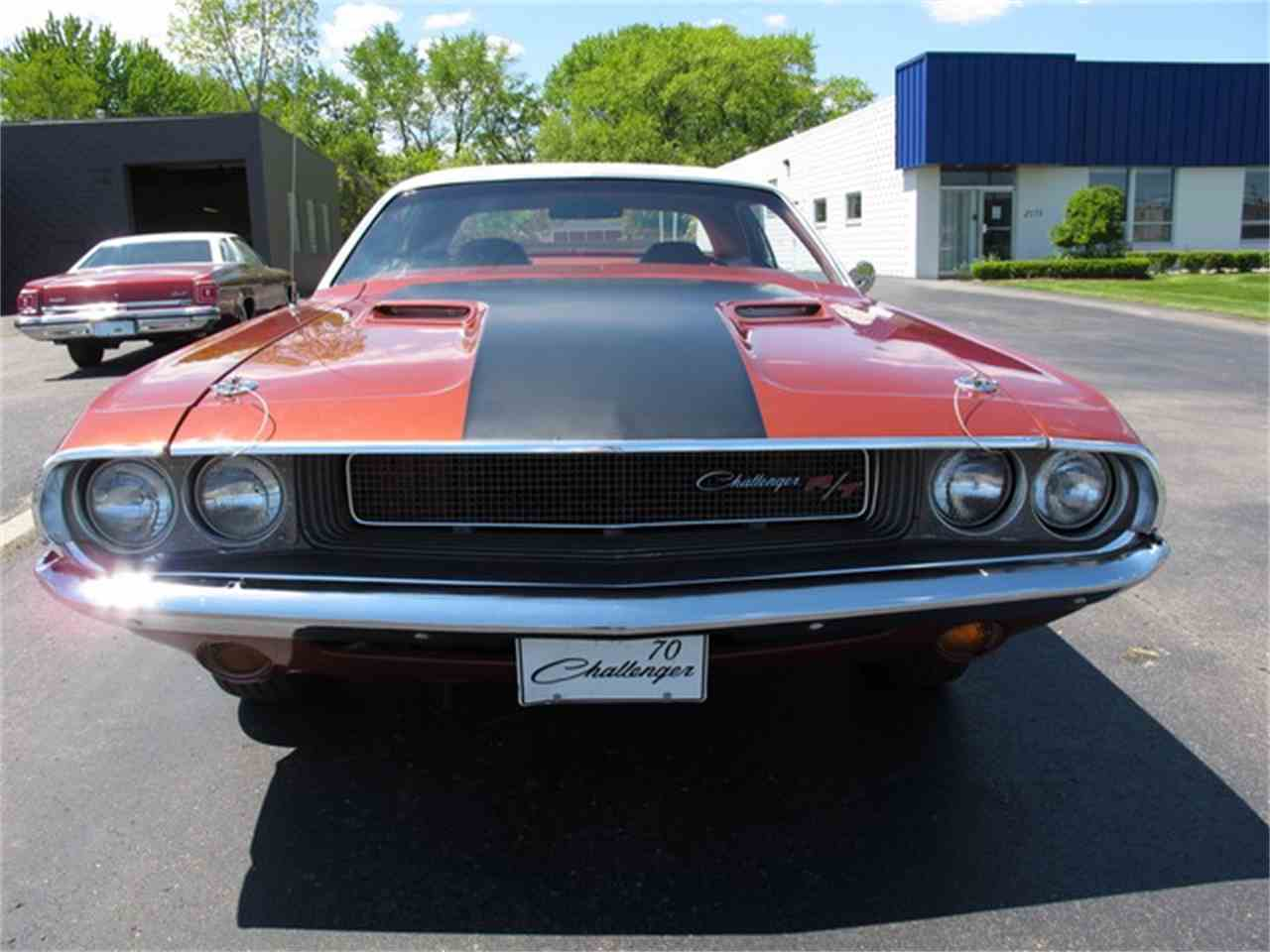 Large Picture of '70 Challenger - IQM4