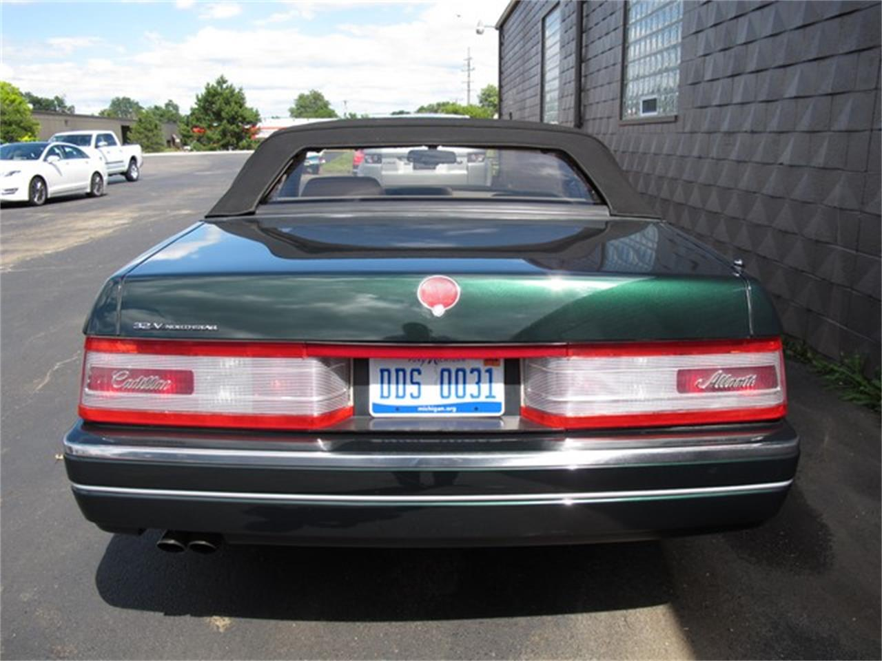 Large Picture of 1993 Allante - $14,900.00 Offered by Classic Auto Showplace - IQM6