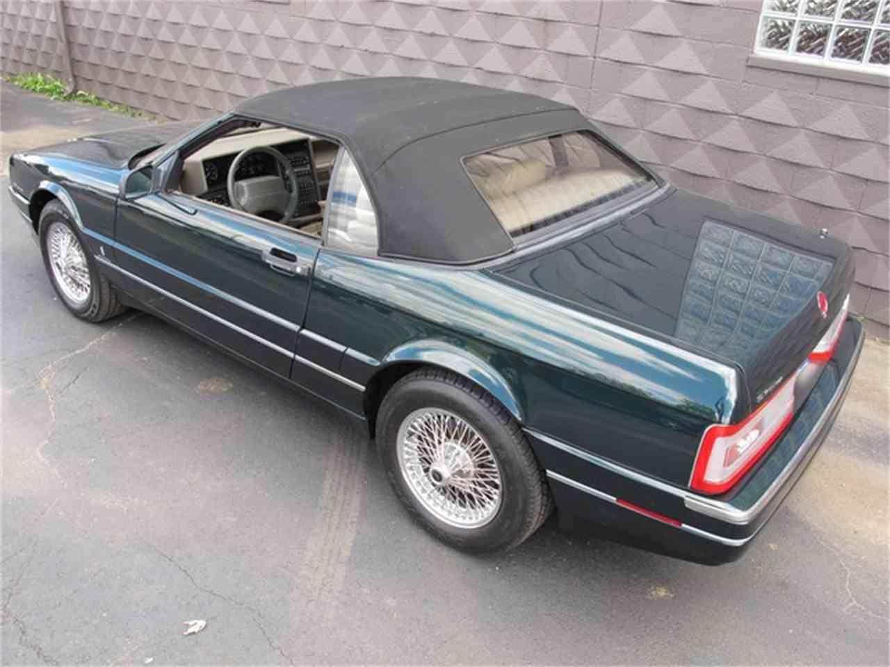 Large Picture of '93 Allante - IQM6