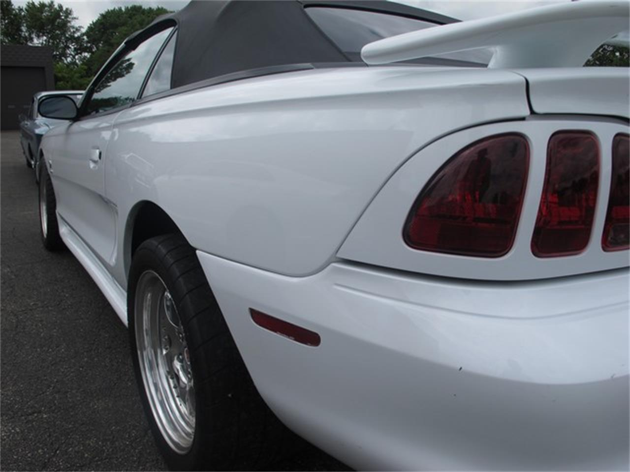 Large Picture of '97 Mustang - IQMD