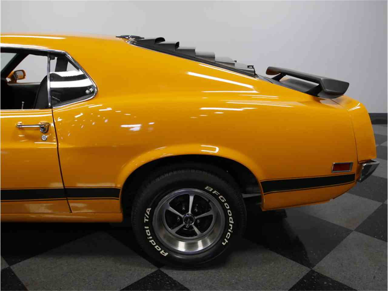 Large Picture of '70 Ford Mustang Boss 302 Tribute Offered by Streetside Classics - Charlotte - IQT9