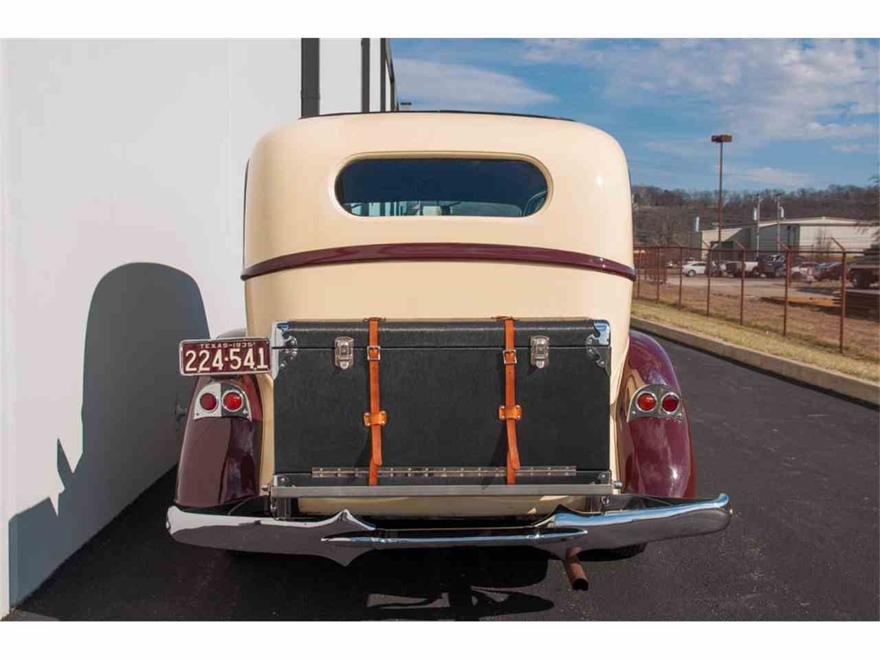 Large Picture of 1935 Pierce Arrow 845 Sedan - IQZ9