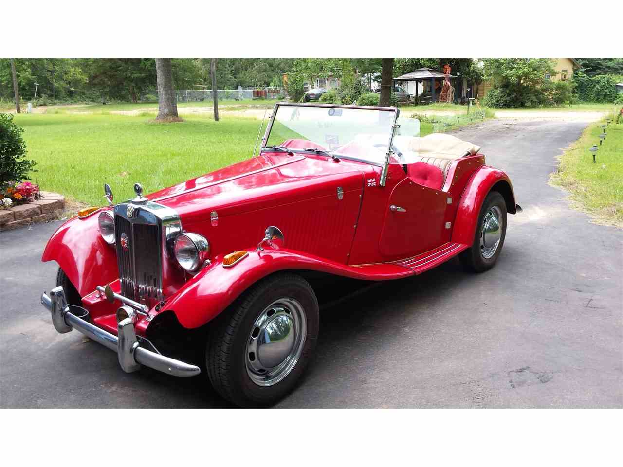 Large Picture of Classic 1952 MG TD Offered by a Private Seller - IR3X