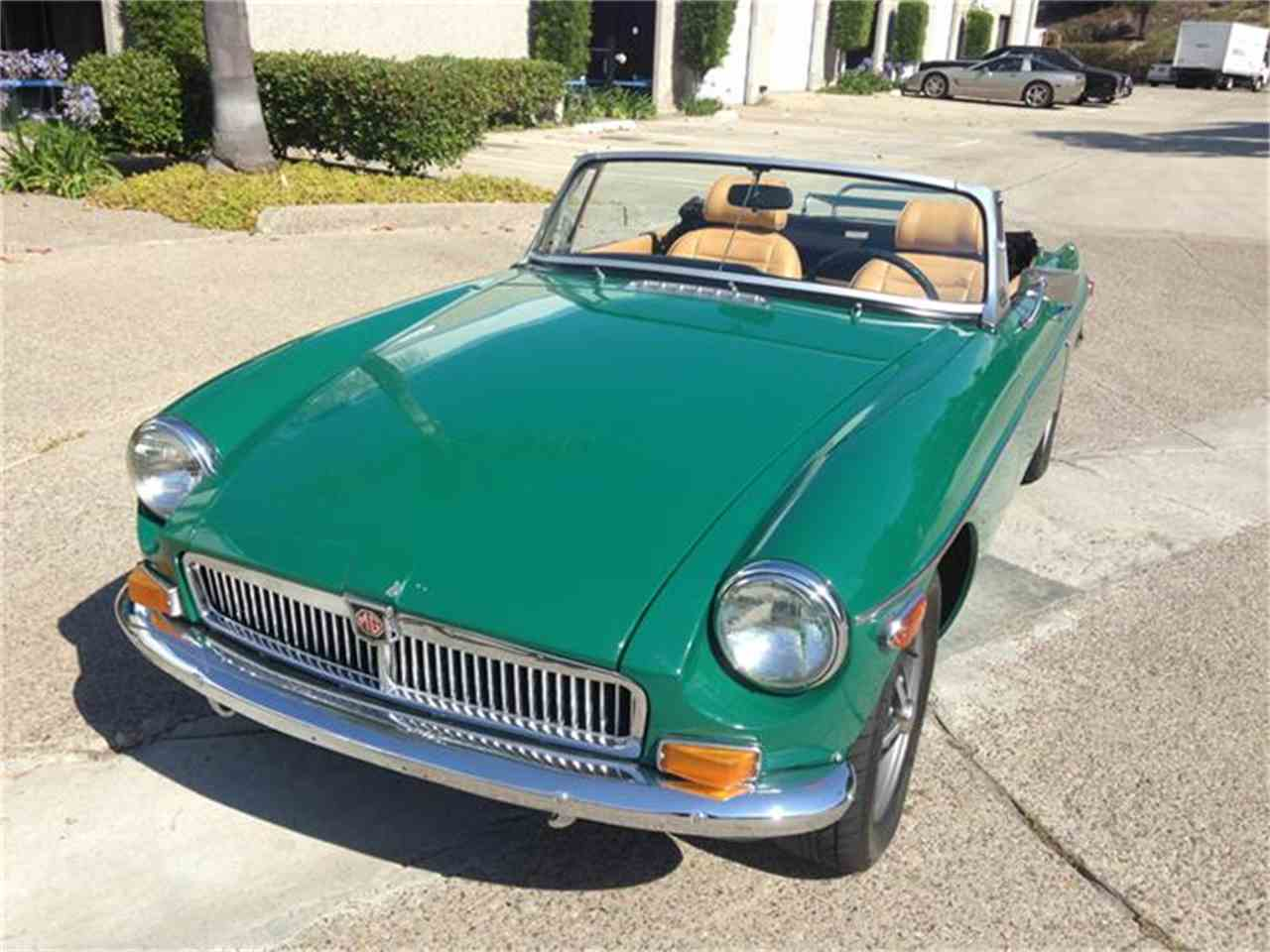 Large Picture of '73 MGB - IRIQ