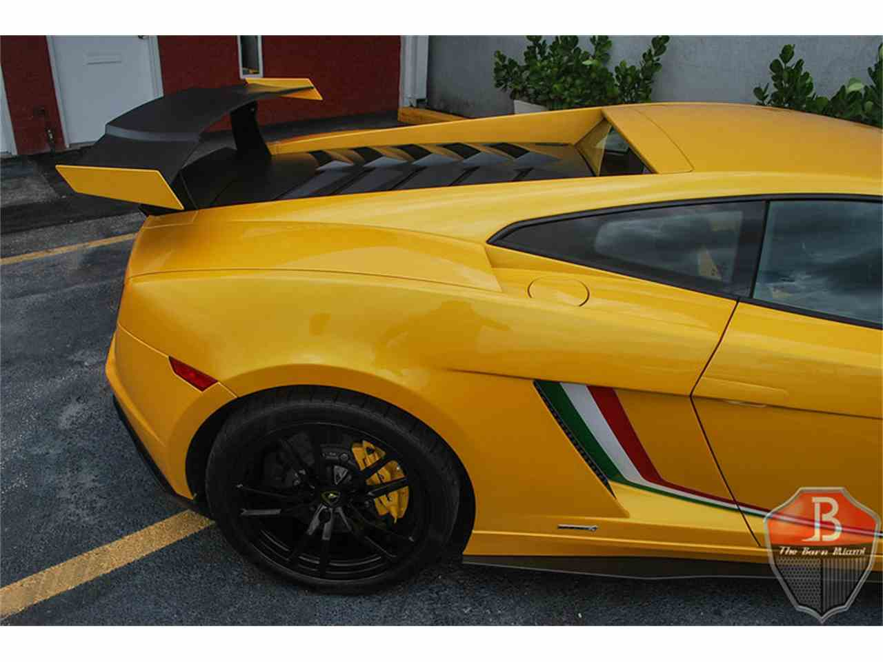 Large Picture of '14 Gallardo Squadra Corse located in Florida - $244,900.00 - IRP5