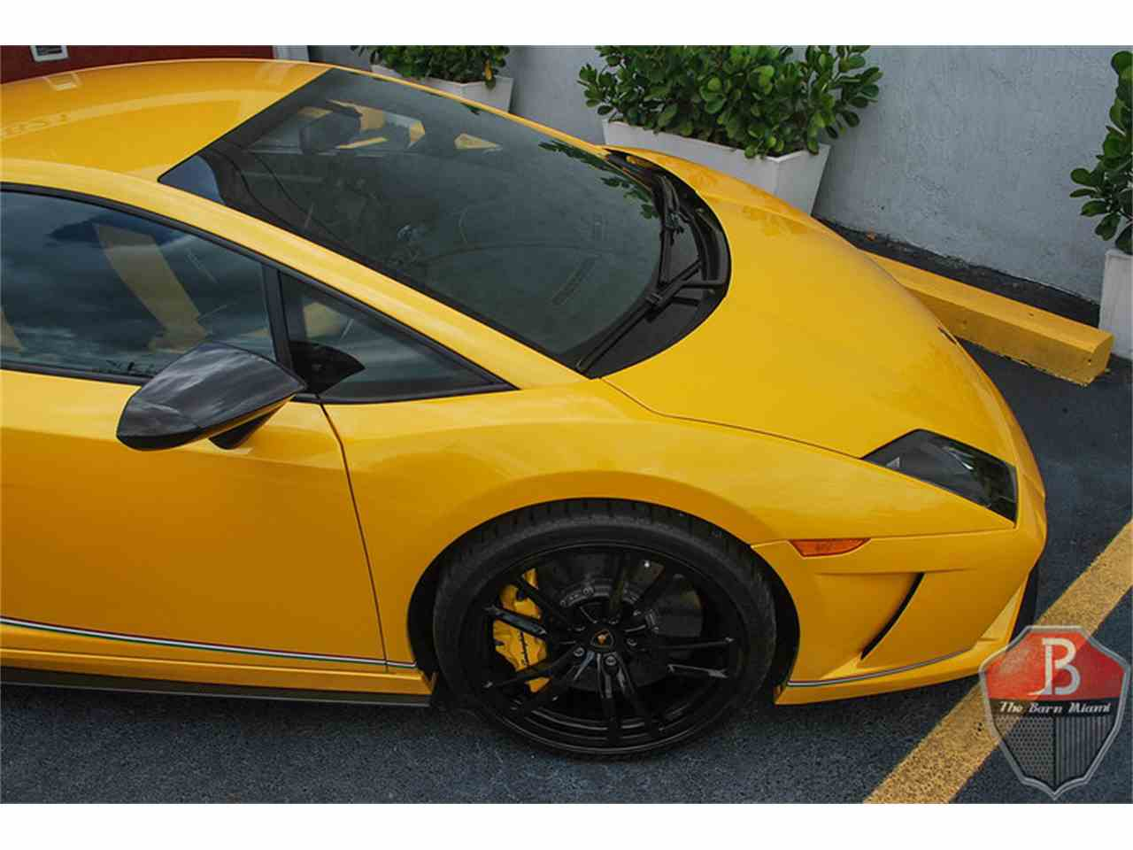 Large Picture of '14 Gallardo Squadra Corse located in Miami Florida - $244,900.00 - IRP5