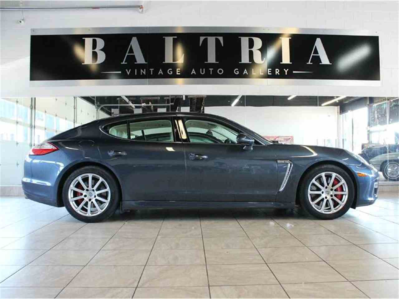 Large Picture of '10 Panamera - IRR4