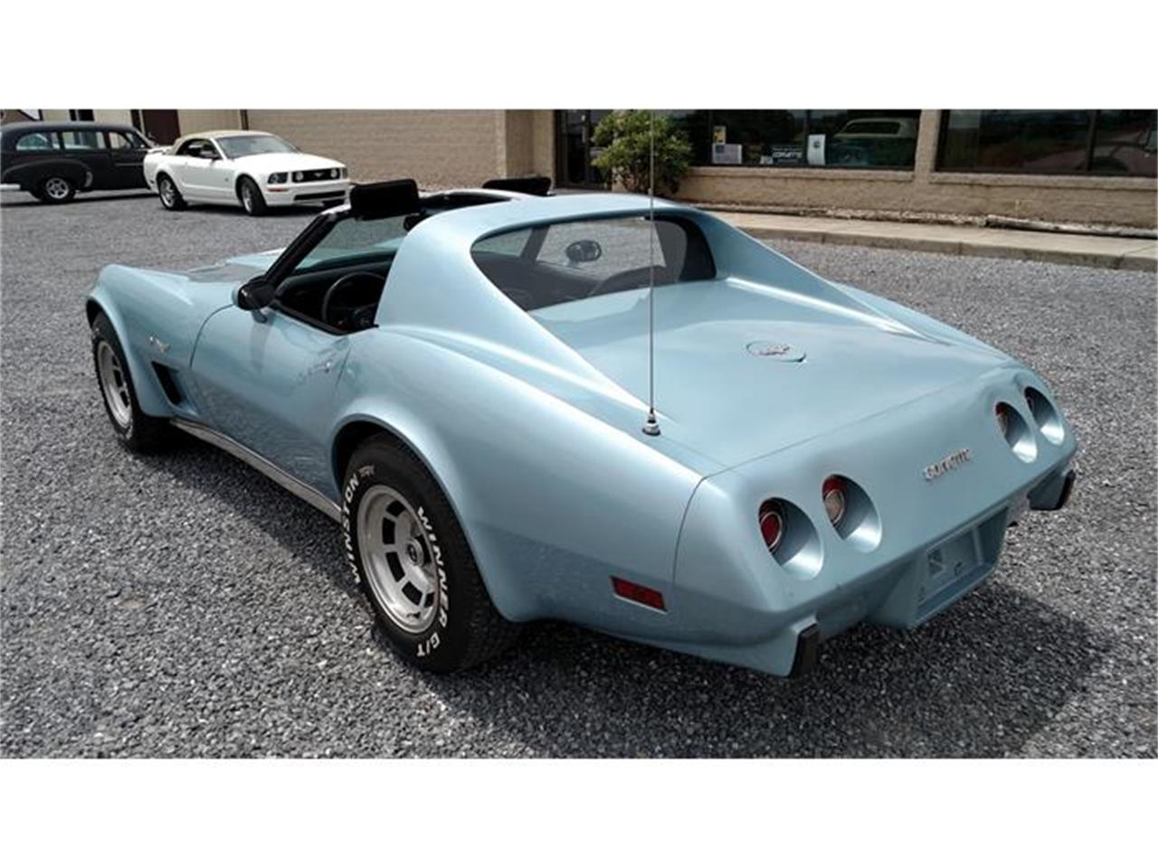 Large Picture of 1977 Corvette - IRRE
