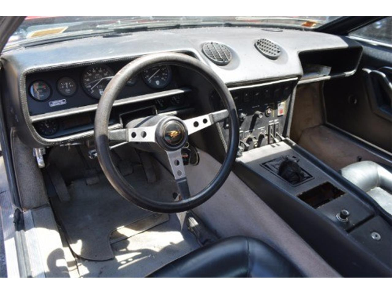 Large Picture of '76 Lamborghini Jarama S Offered by Gullwing Motor Cars - IRTR