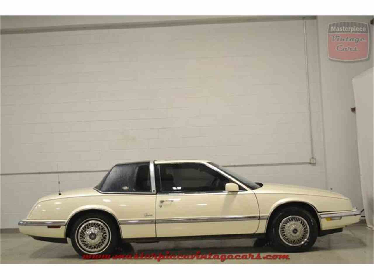 Large Picture of '90 Riviera - $5,950.00 Offered by Masterpiece Vintage Cars - IRZC