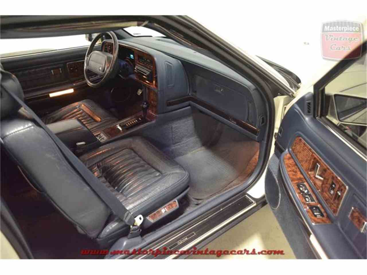 Large Picture of '90 Buick Riviera Offered by Masterpiece Vintage Cars - IRZC