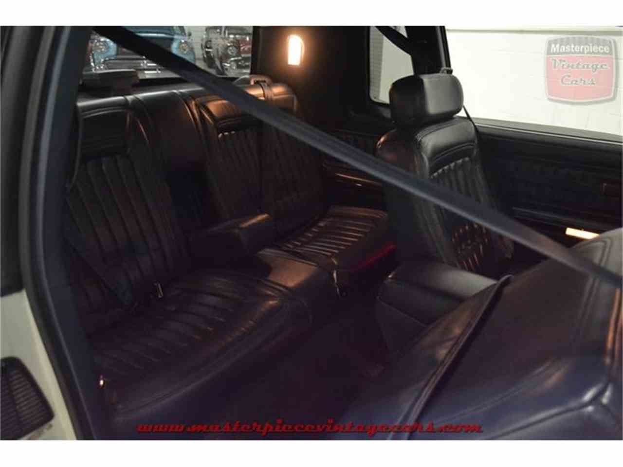 Large Picture of '90 Buick Riviera located in Indiana - $5,950.00 - IRZC