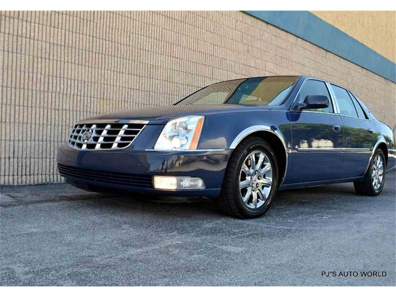 2009 cadillac dts for sale cc 876109. Black Bedroom Furniture Sets. Home Design Ideas