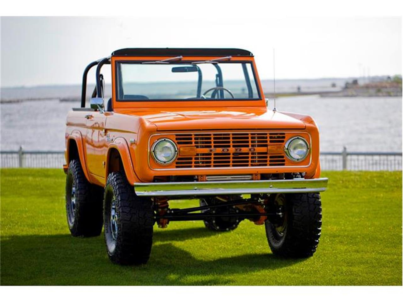 Large Picture of 1972 Ford Bronco - IS6K