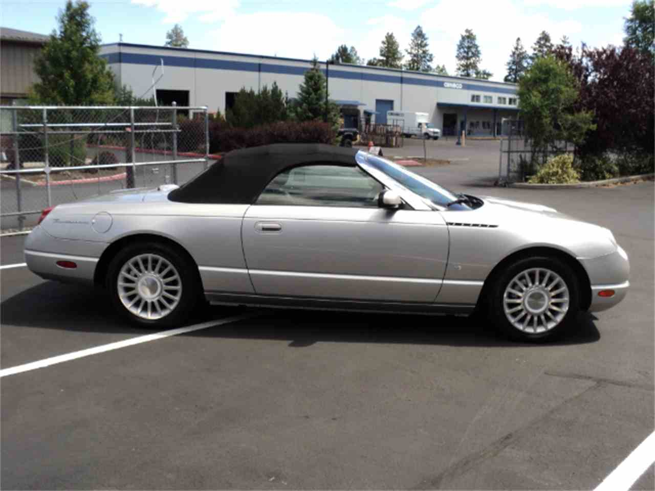 Large Picture of '04 Thunderbird - ISCG