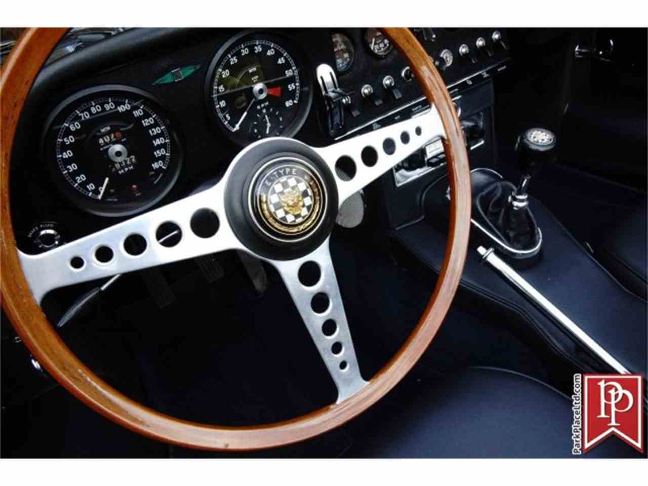 Large Picture of Classic 1964 Jaguar E-Type XKE Roadster - ISG8