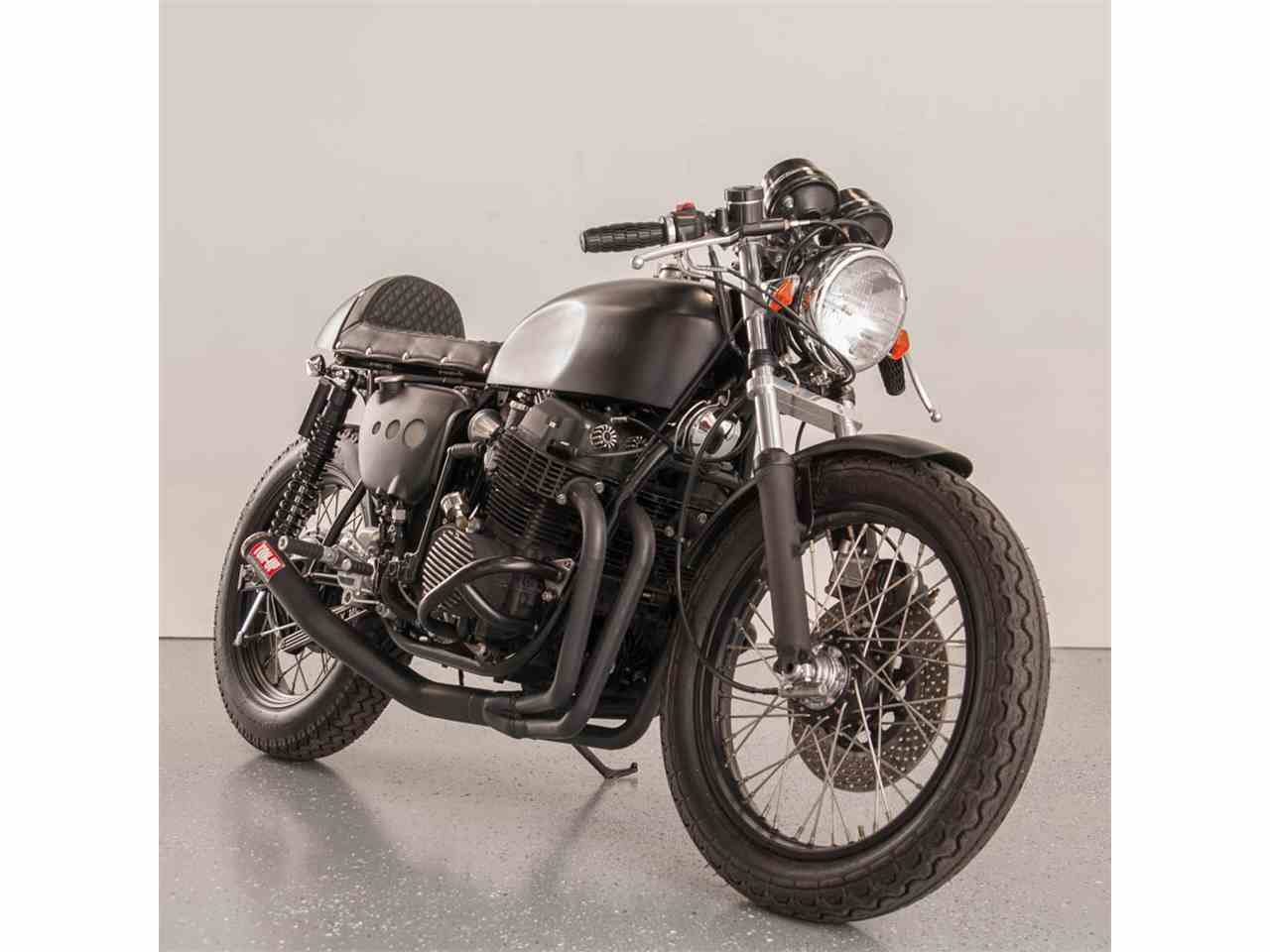 Large Picture of '76 CB750 Motorcycle - ISO3