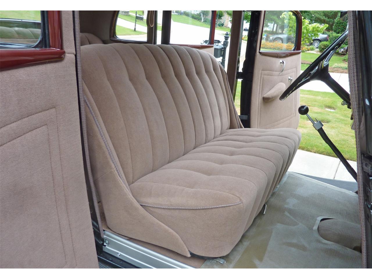Large Picture of Classic 1934 Sedan located in Georgia - ISZK