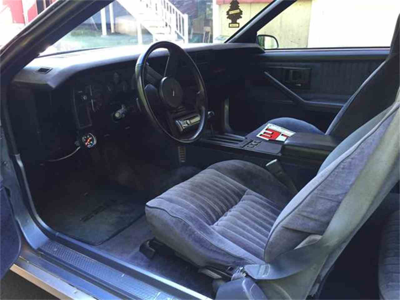 Large Picture of '83 Camaro Z28 - IT0U