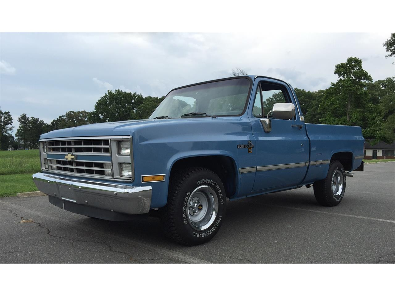 Large Picture of 1986 Pickup located in Harpers Ferry West Virginia Offered by Champion Pre-Owned Classics - ITML