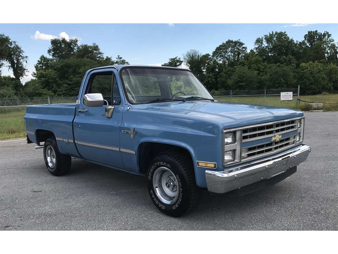Large Picture of '86 Chevrolet Pickup located in Harpers Ferry West Virginia - ITML