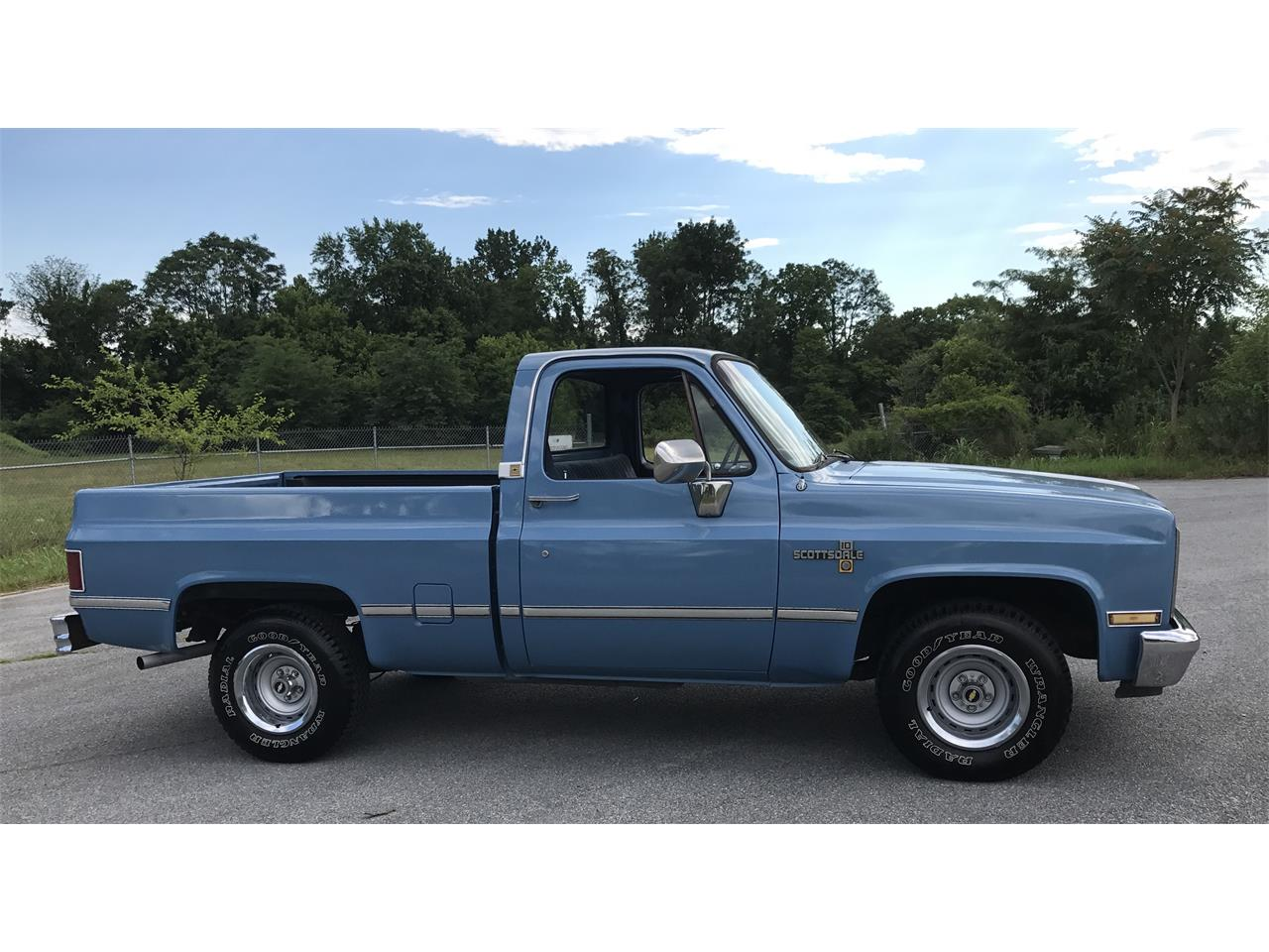 Large Picture of '86 Chevrolet Pickup Offered by Champion Pre-Owned Classics - ITML