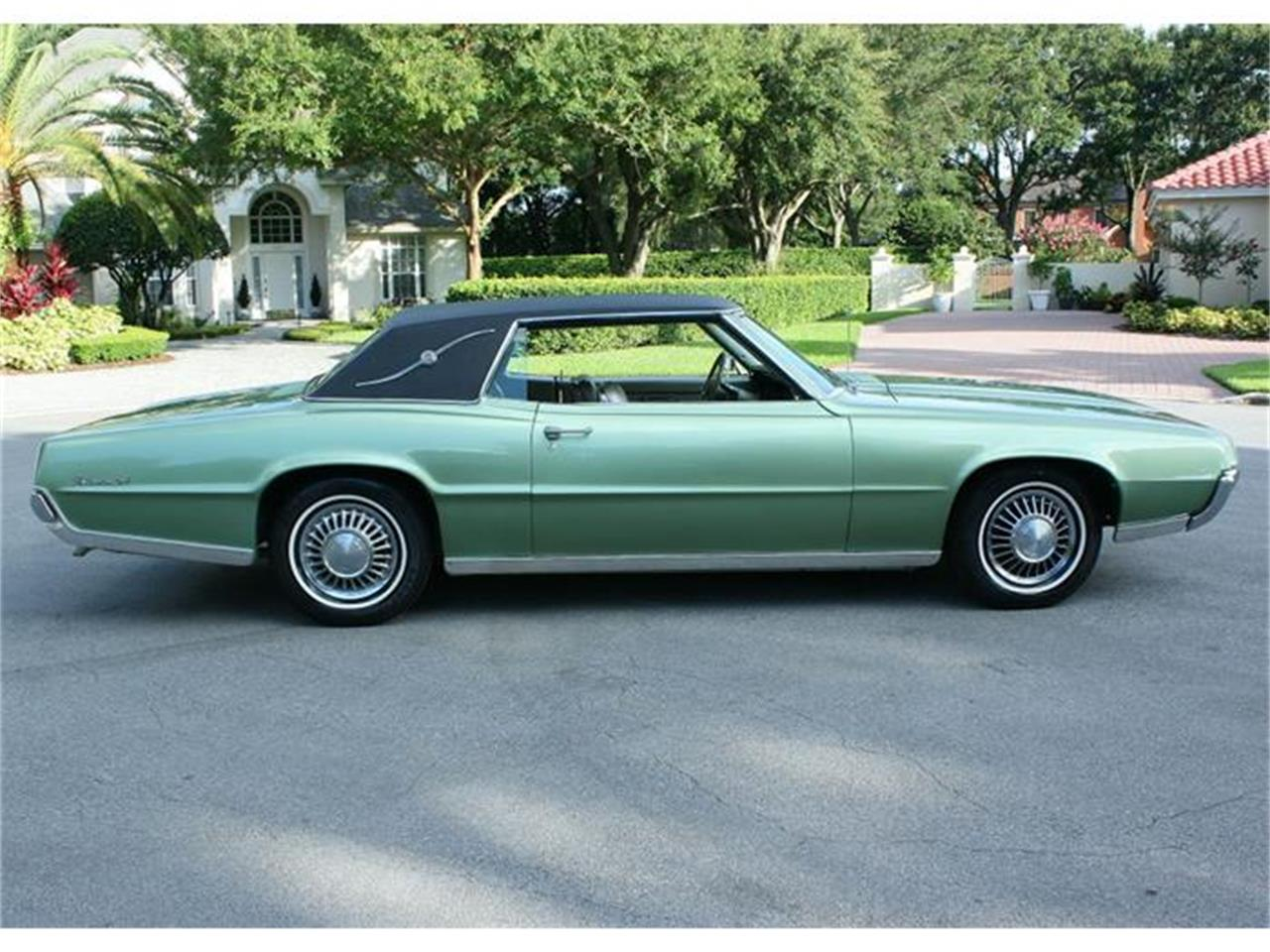 Large Picture of Classic '67 Ford Thunderbird located in Lakeland Florida - $18,500.00 - ITN1