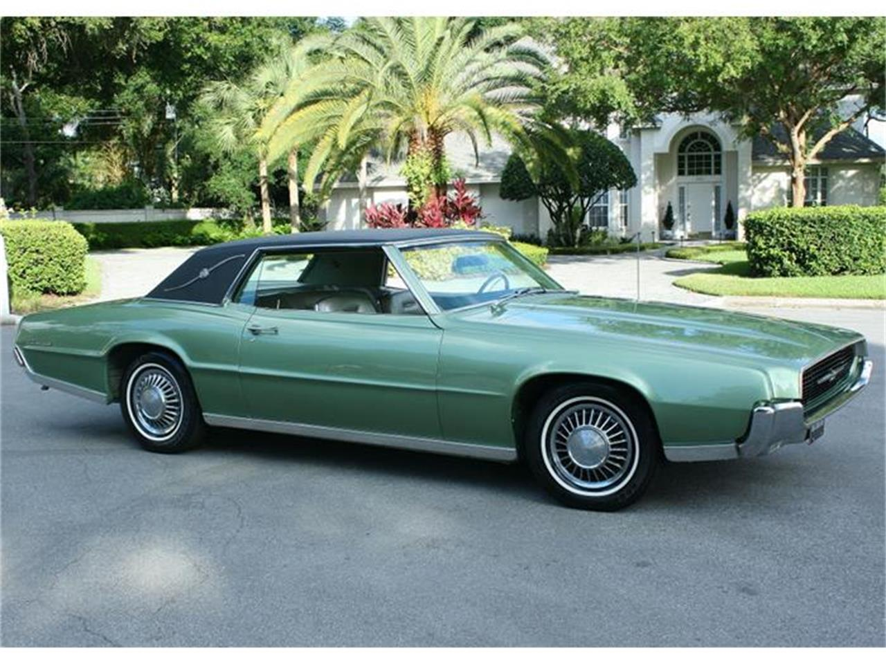 Large Picture of '67 Ford Thunderbird located in Lakeland Florida Offered by MJC Classic Cars - ITN1