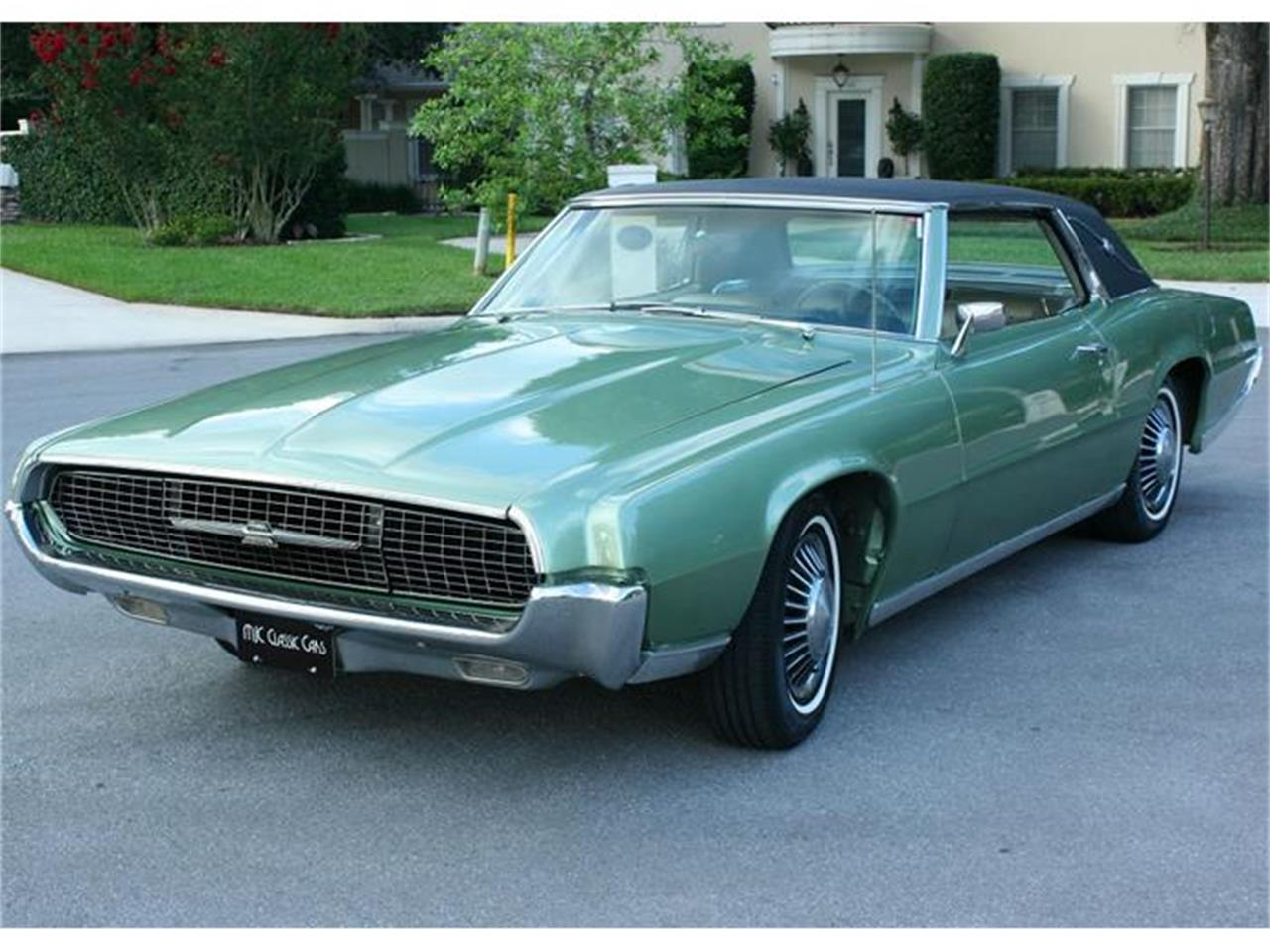Large Picture of Classic '67 Thunderbird - ITN1