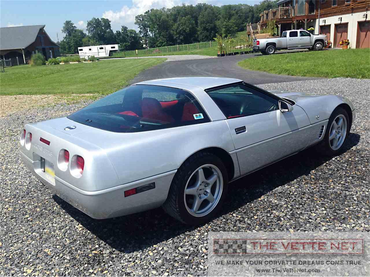 Large Picture of '96 Corvette - IUH7