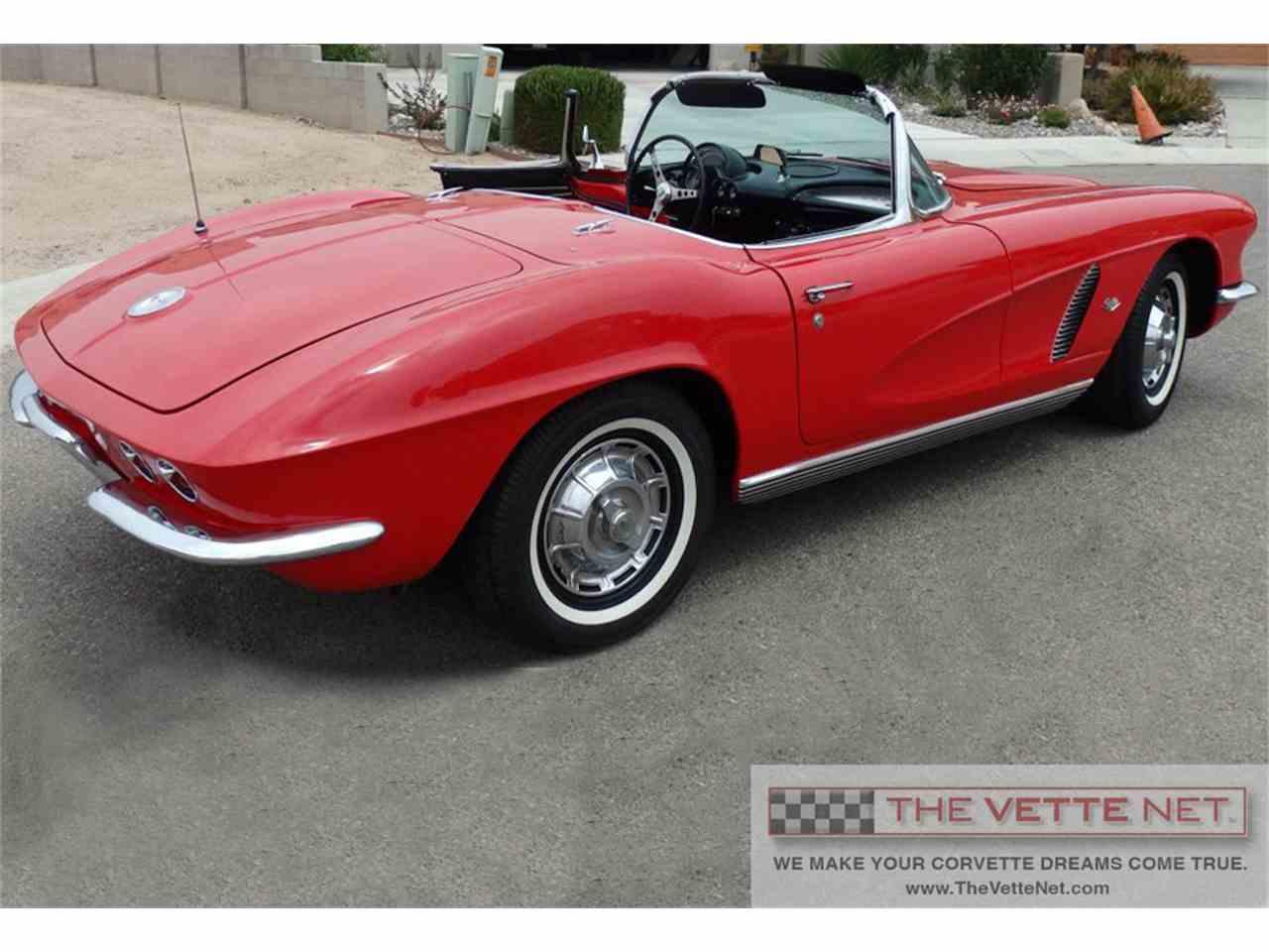 Large Picture of '62 Corvette - IUJQ