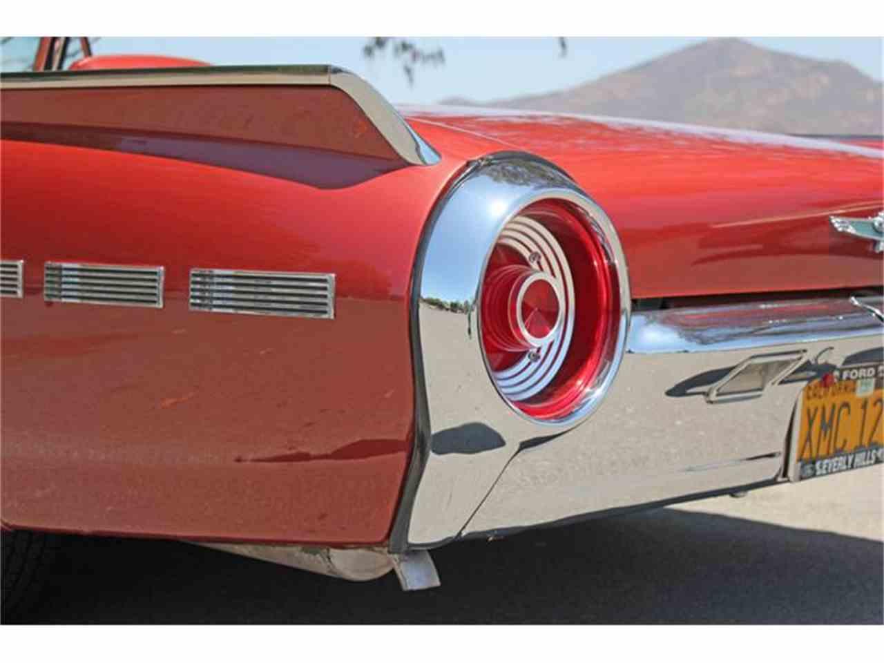 Large Picture of '62 Thunderbird - IUMP