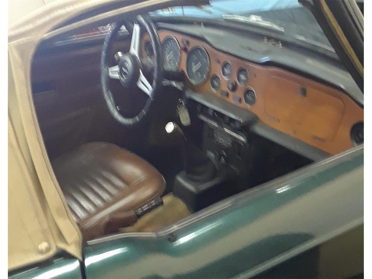 Large Picture of '74 TR6 - IUMU