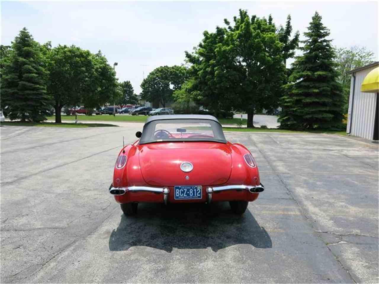 Large Picture of '60 Corvette - IUN3