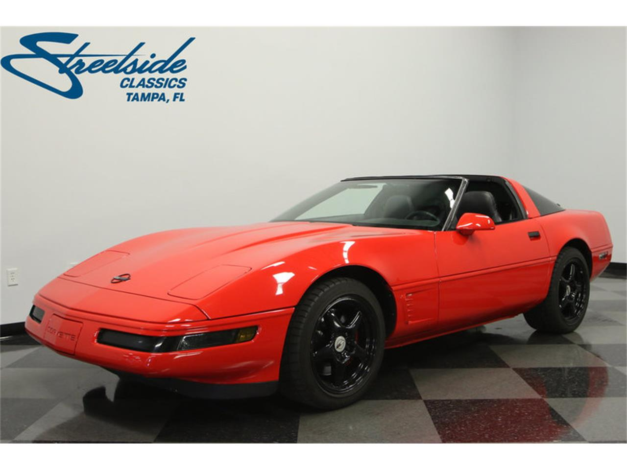 Large Picture of '95 Chevrolet Corvette located in Lutz Florida - $15,995.00 Offered by Streetside Classics - Tampa - IURO