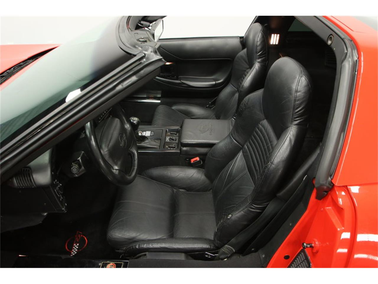 Large Picture of 1995 Chevrolet Corvette located in Florida Offered by Streetside Classics - Tampa - IURO