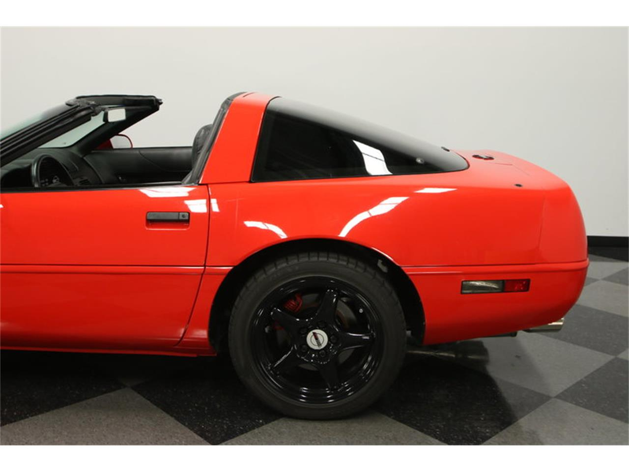 Large Picture of 1995 Corvette - $15,995.00 Offered by Streetside Classics - Tampa - IURO