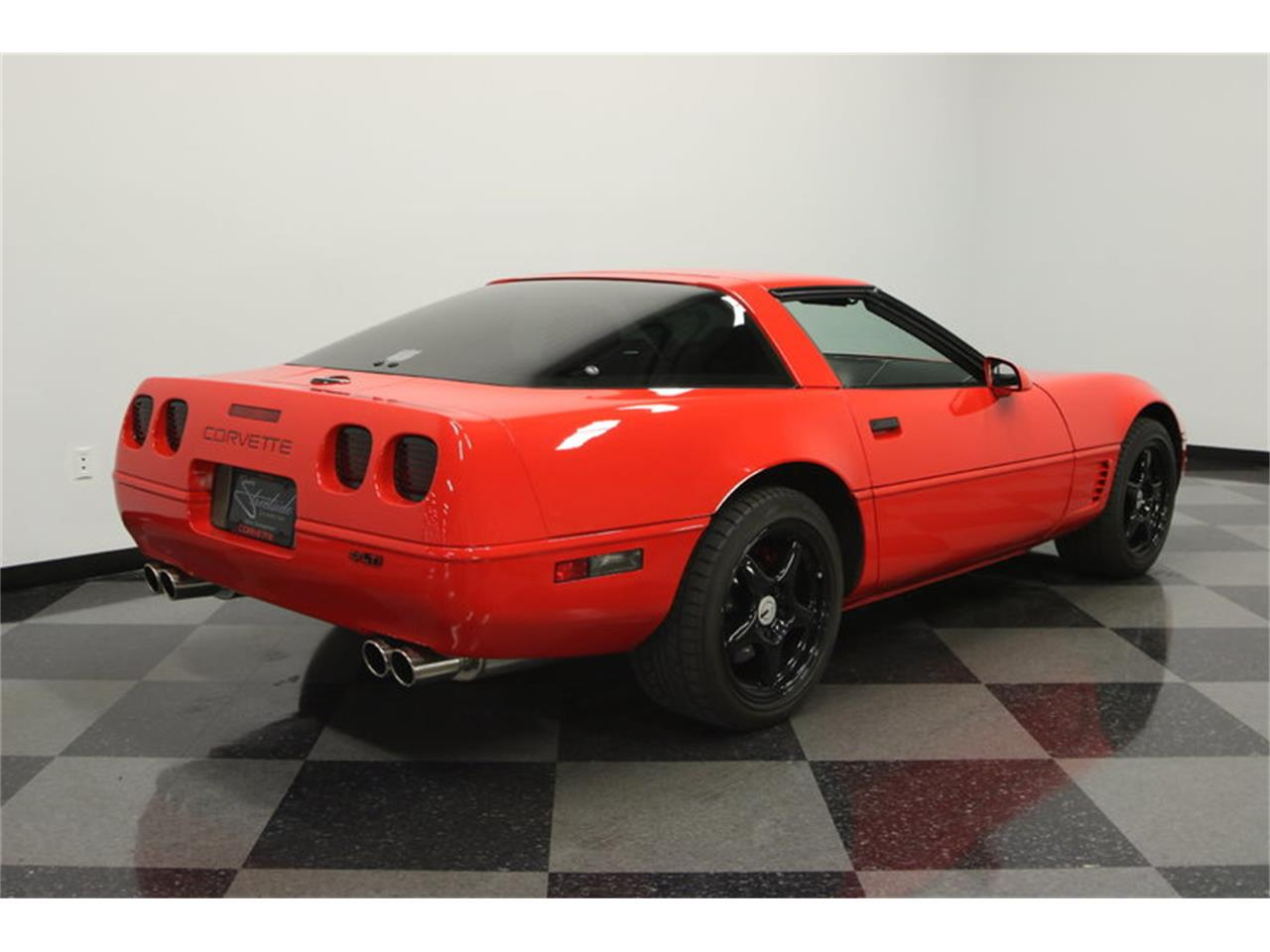 Large Picture of '95 Chevrolet Corvette located in Florida - $15,995.00 Offered by Streetside Classics - Tampa - IURO