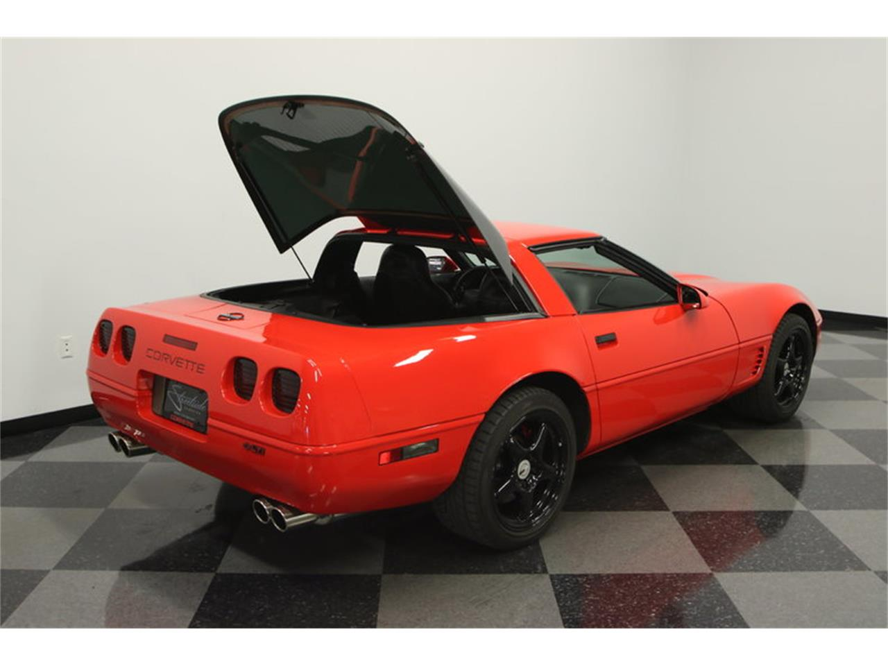Large Picture of 1995 Chevrolet Corvette - IURO