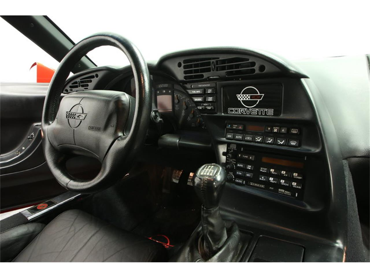 Large Picture of 1995 Corvette located in Florida Offered by Streetside Classics - Tampa - IURO