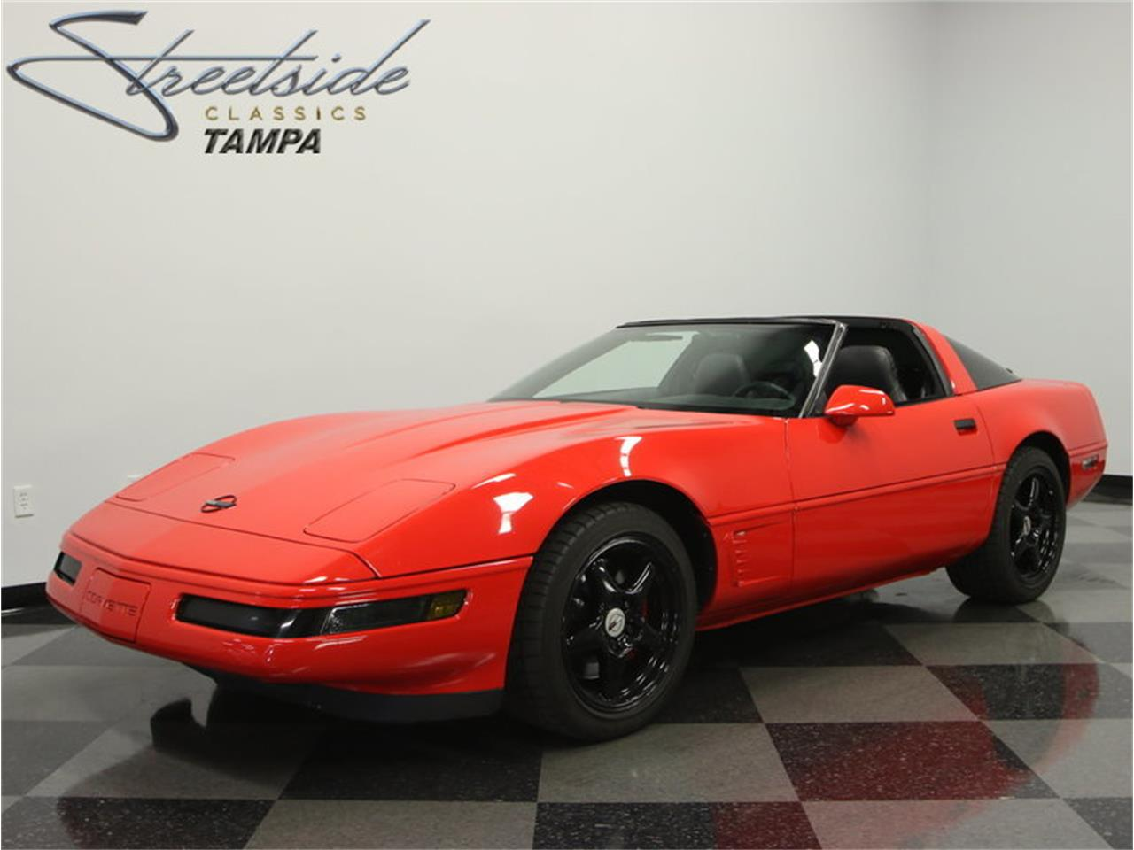 Large Picture of '95 Chevrolet Corvette located in Lutz Florida Offered by Streetside Classics - Tampa - IURO